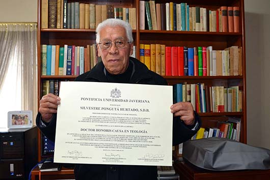 "don Silvestre Pongutá Hurtado, Dottorato honoris causa in Teologia dalla ""Pontificia Universidad Javeriana""."